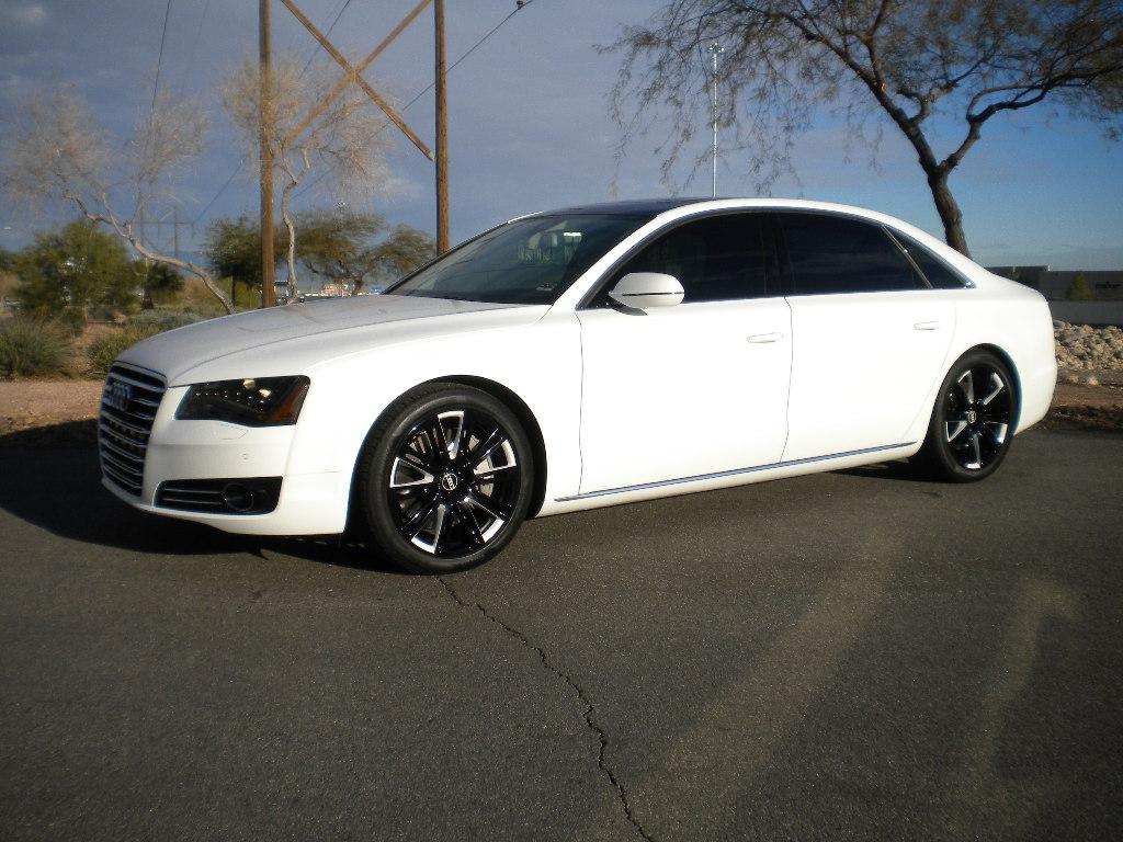 White-Audi